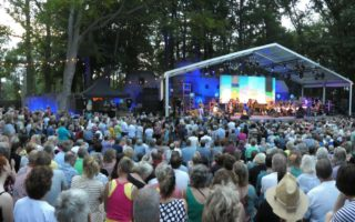 (C) Dolf Ruesink | Woodstock the Story XXL | Openluchttheater Hertme | 31 augustus 2019